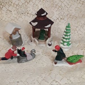 Dept 56 Heritage Village Accessory Pieces 5